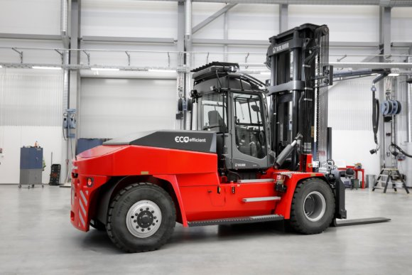 kalmar-lithium-ion-powered-medium-forklift-